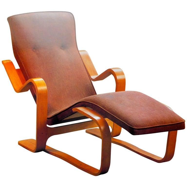 Marcel Breuer Isokon Bentwood Upholstered Long Chair, 1935-1936 For Sale