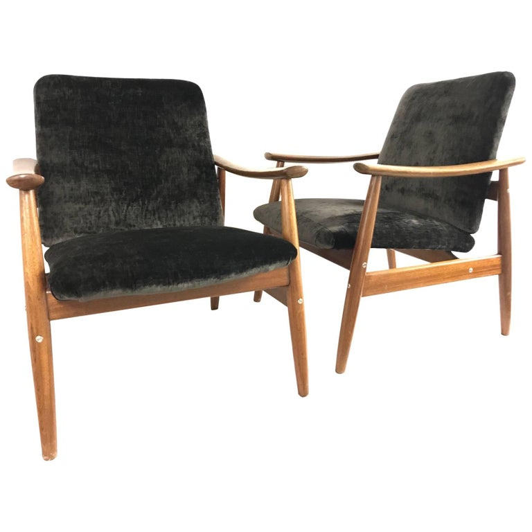 Pair of Armchairs by Altamira, Portugal, 1960s For Sale