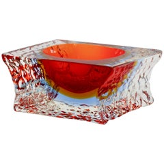 Textured and Faceted Murano Sommerso Ice Glass Bowl by Mandruzzato, circa 1960s