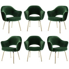Saarinen Executive Arm Chairs in Emerald Velvet, 24k Gold Edition, Set of 6