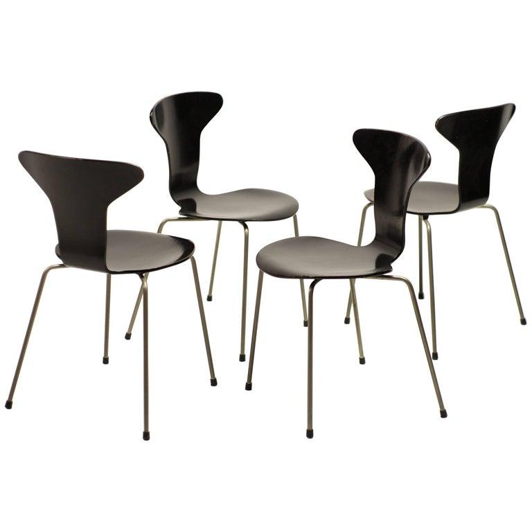 Set of Four Arne Jacobsen for Fritz Hansen 3105 Dining Chairs
