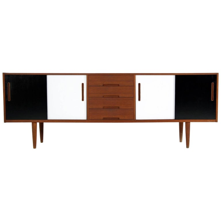 Beautiful 1960s Nils Jonsson Teak Sideboard Mod. Gigant for Troeds, Sweden
