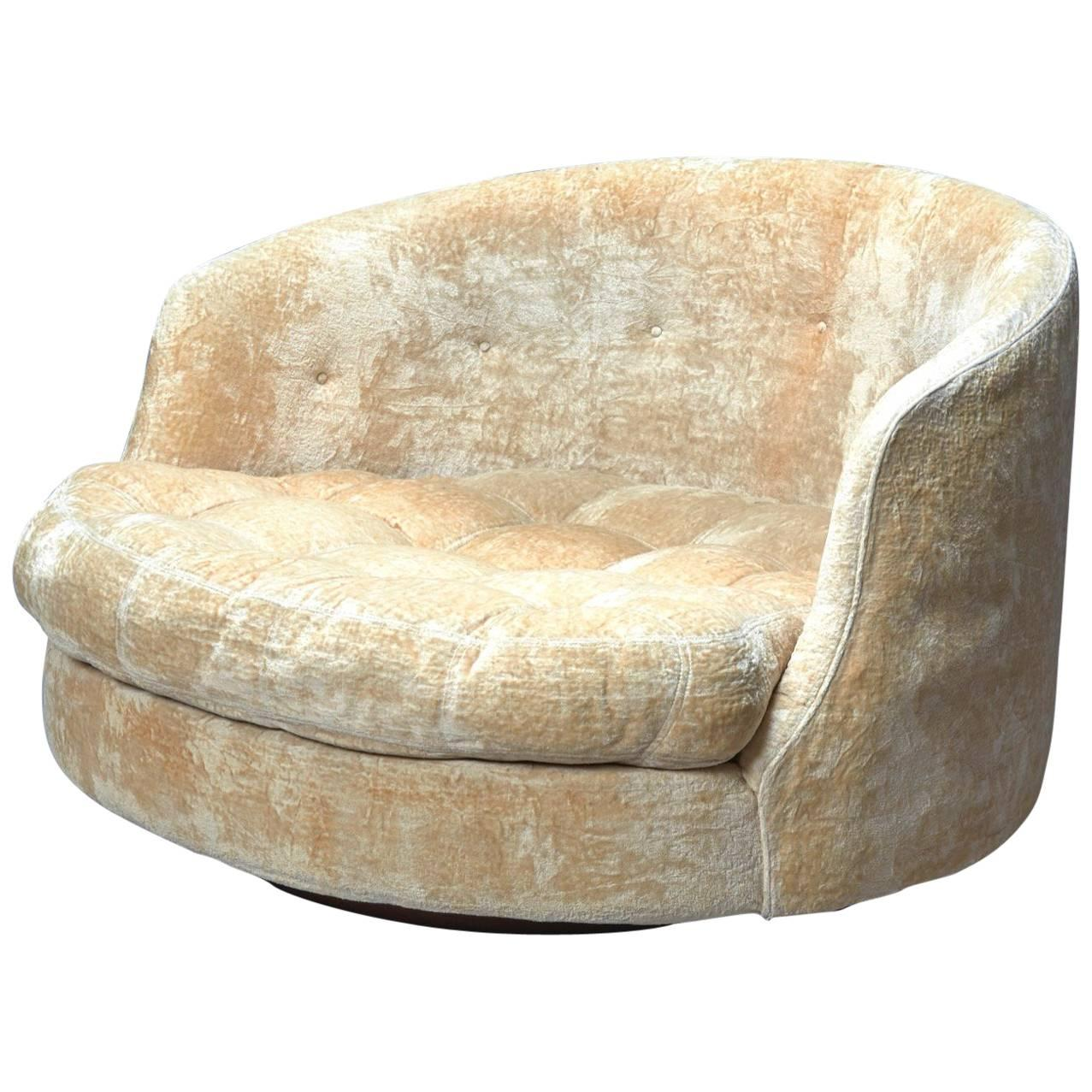 Large Round Swivel Lounge Chair By Milo Baughman For Thayer
