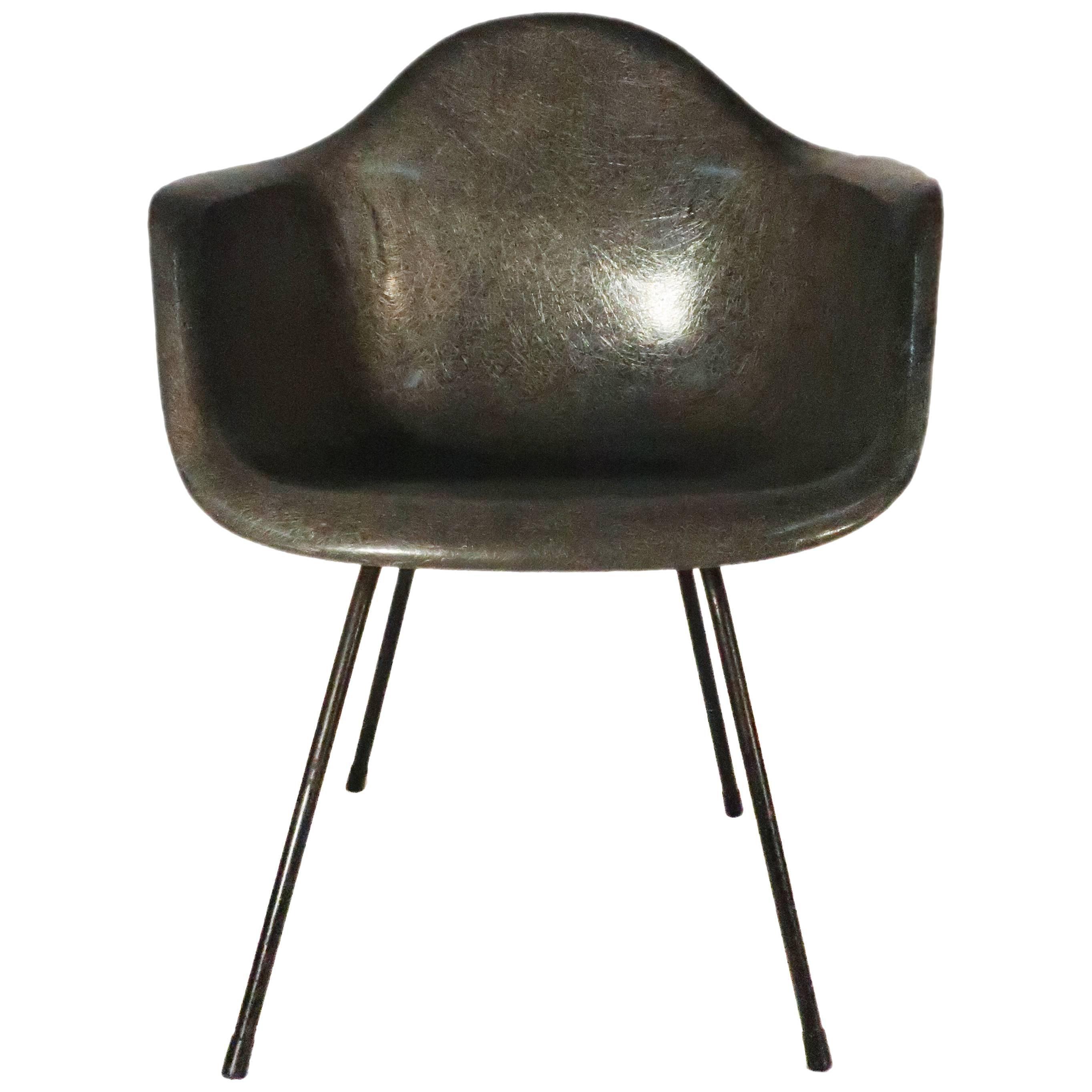 Eames Molded Fiberglass Armchair For Herman Miller For Sale