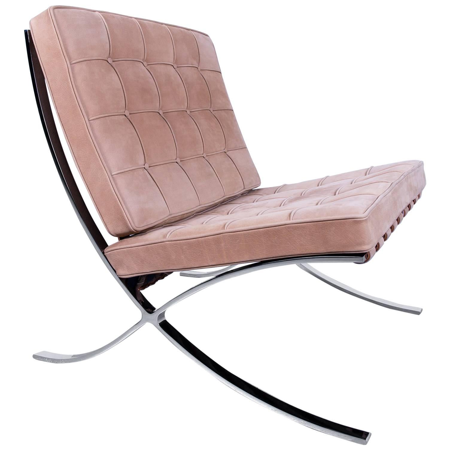 Knoll International Barcelona Chair Beige Brown Leather Ludwig Mies Van Der  Rohe For Sale