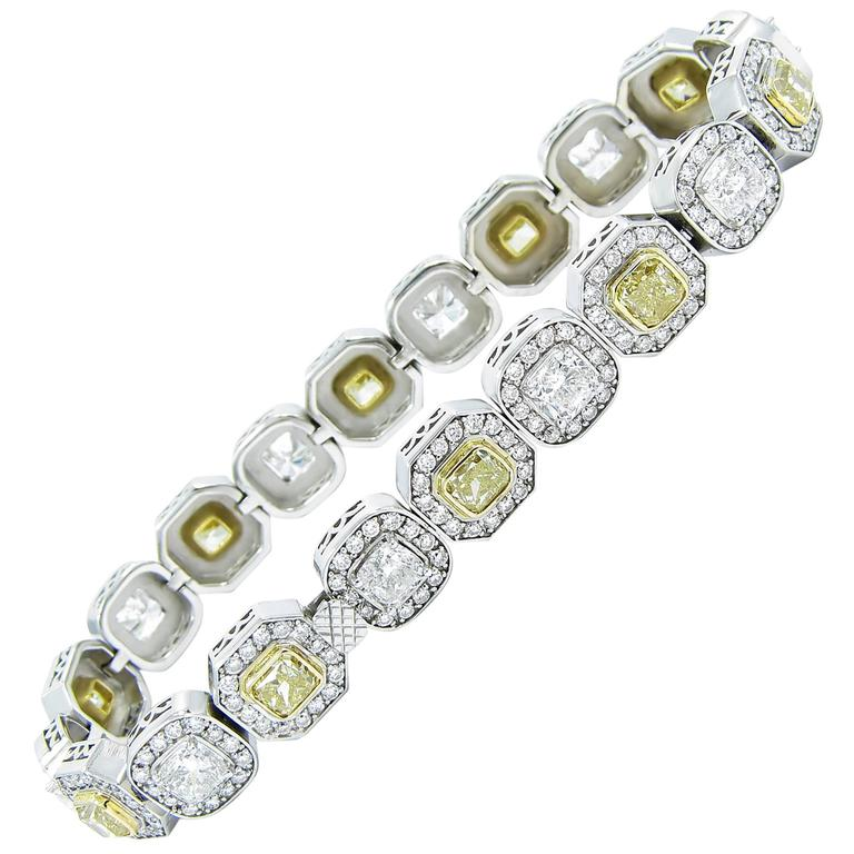 Diamond and Fancy Yellow Diamond Gold Tennis Bracelet For Sale