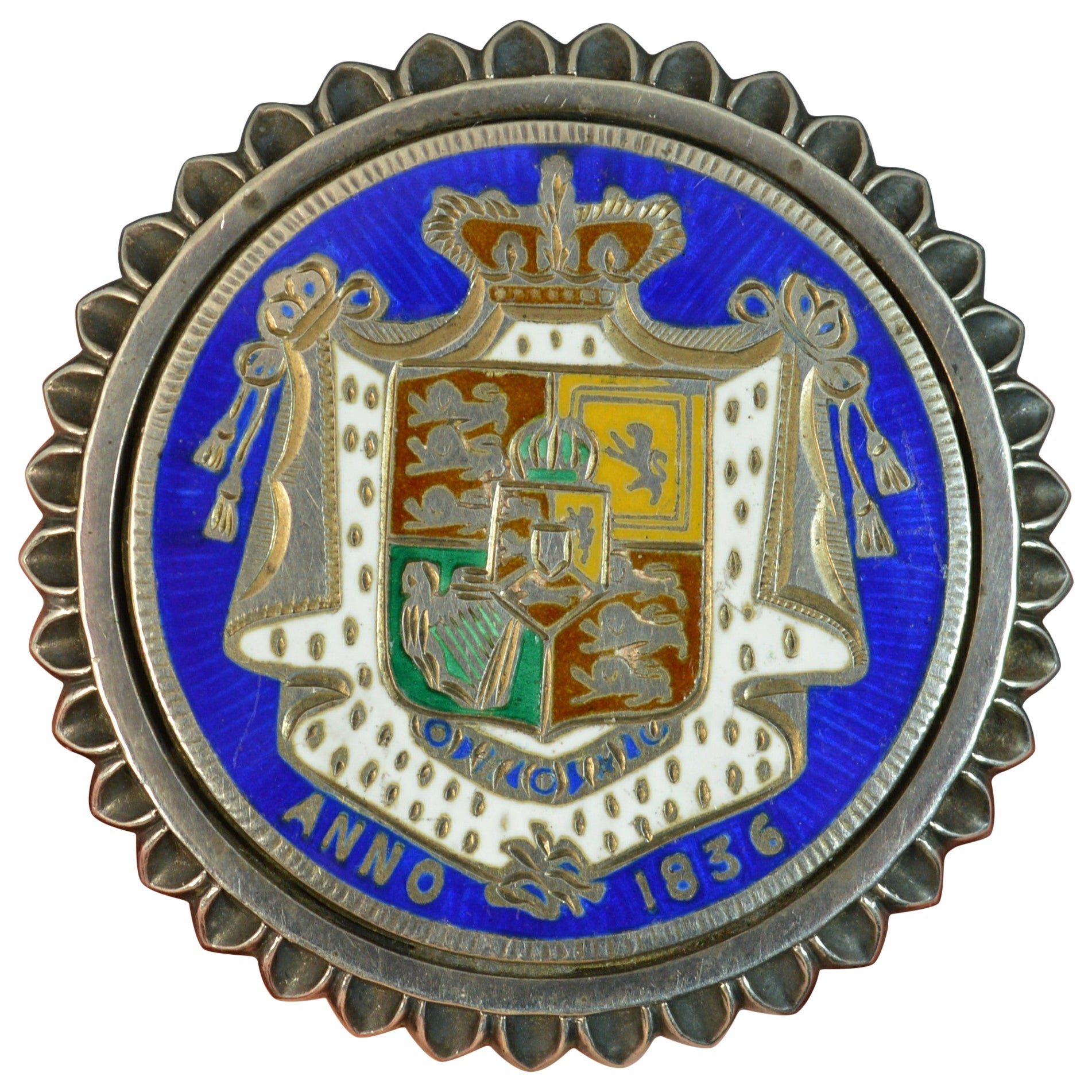 1836 William IV Half Crown Sterling Silver and Enamel Locket Brooch