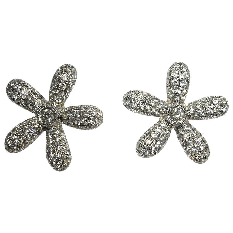 Jona White Diamond 18 Karat White Gold Daisy Earrings