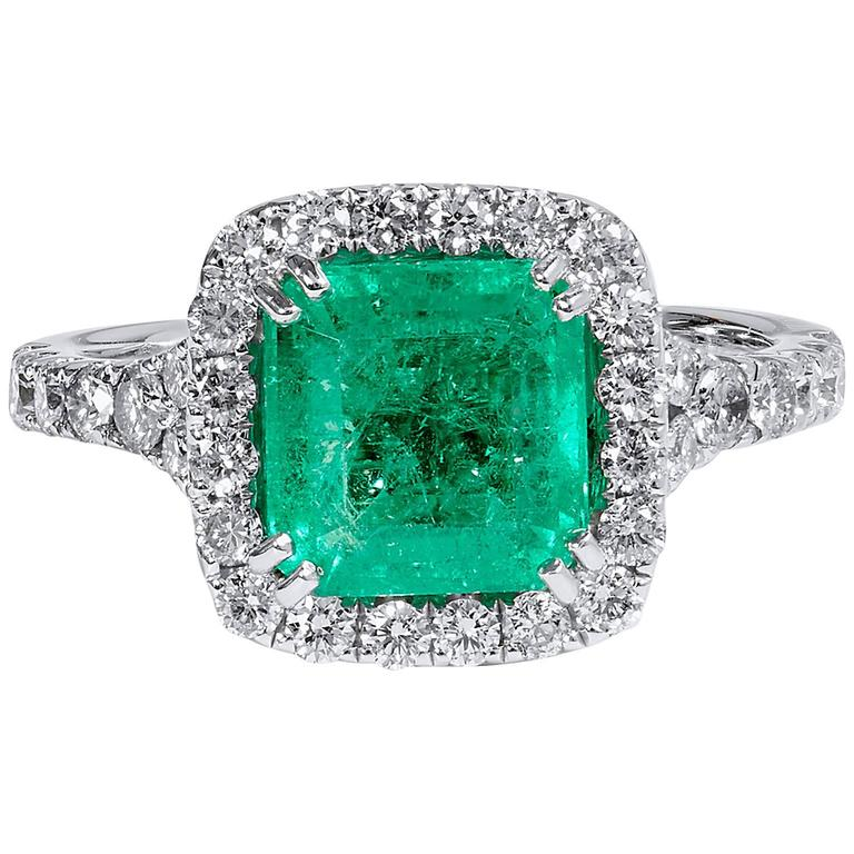 1.92 Carat Colombian Emerald Diamond Gold Cocktail Ring  1