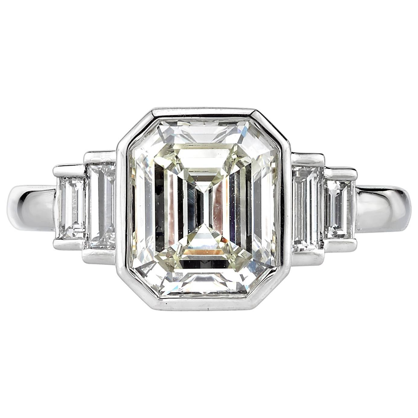 2 31 Carat Emerald cut Diamond platinum Engagement Ring For Sale at 1stdibs