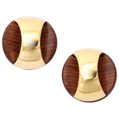 gold wood round earrings