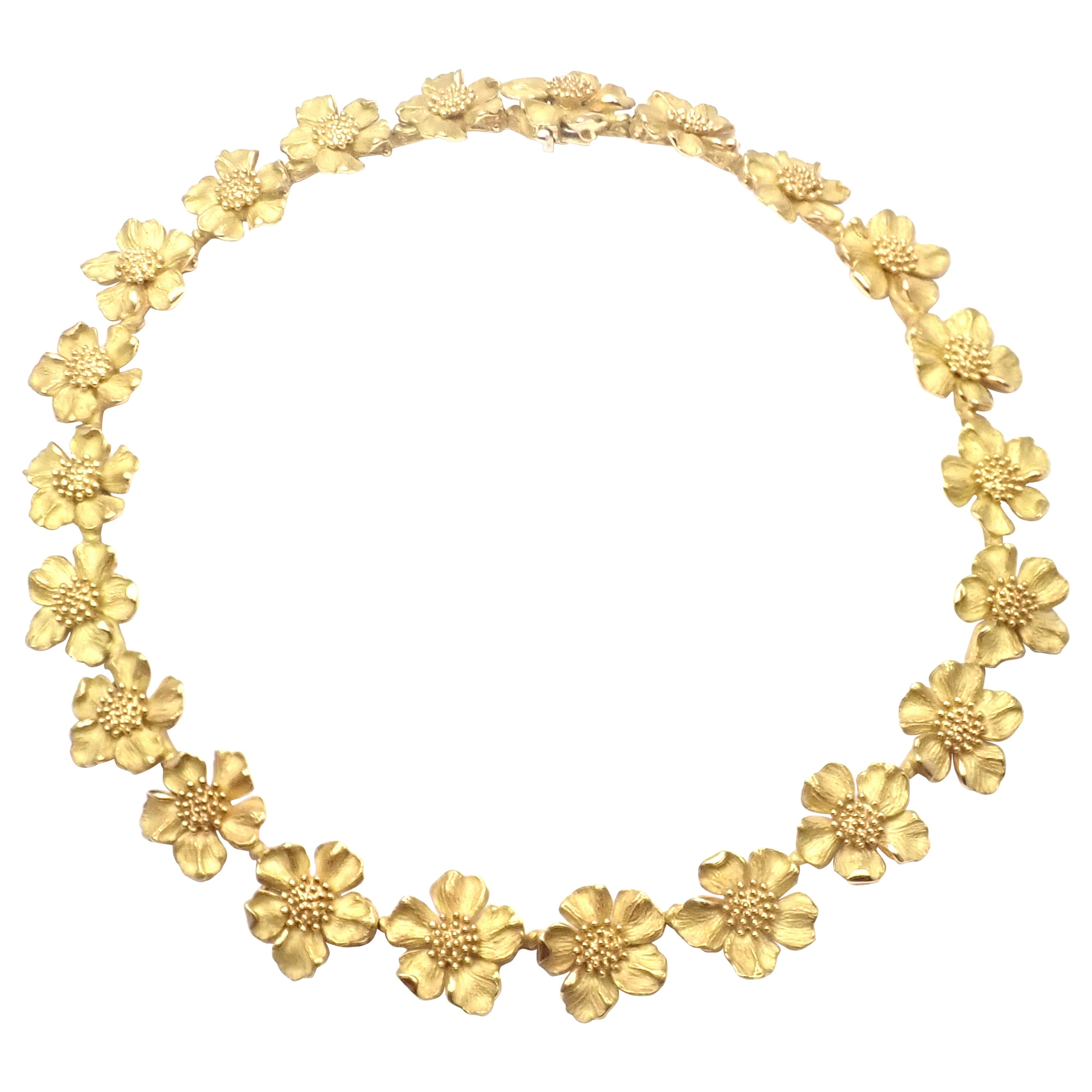 Vintage Tiffany & Co. Classics Dogwood Flower Yellow Gold Necklace