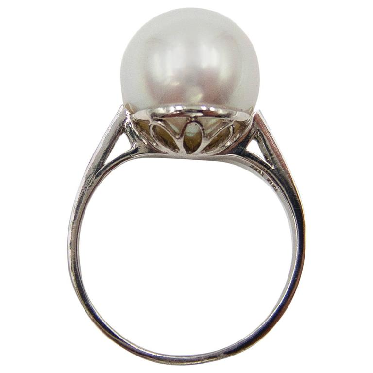 Elegantly Simple South Sea Pearl Diamond Platinum Ring For Sale