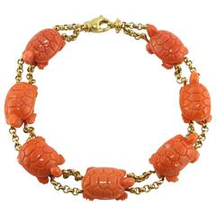 Jona Coral Turtle Yellow Gold Link Bracelet