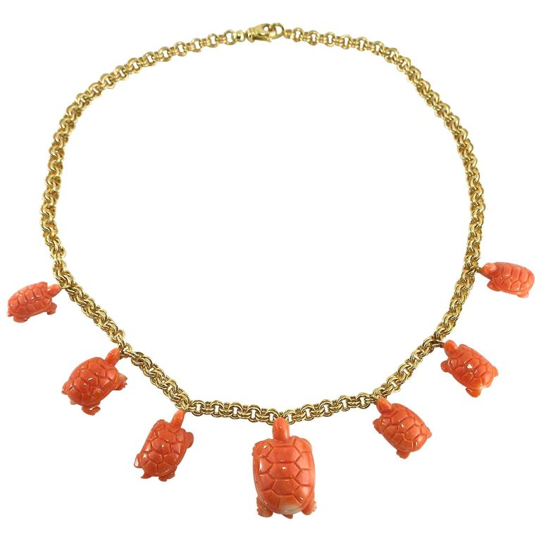 Jona Coral Turtle Charm 18k Yellow Gold Chain Necklace