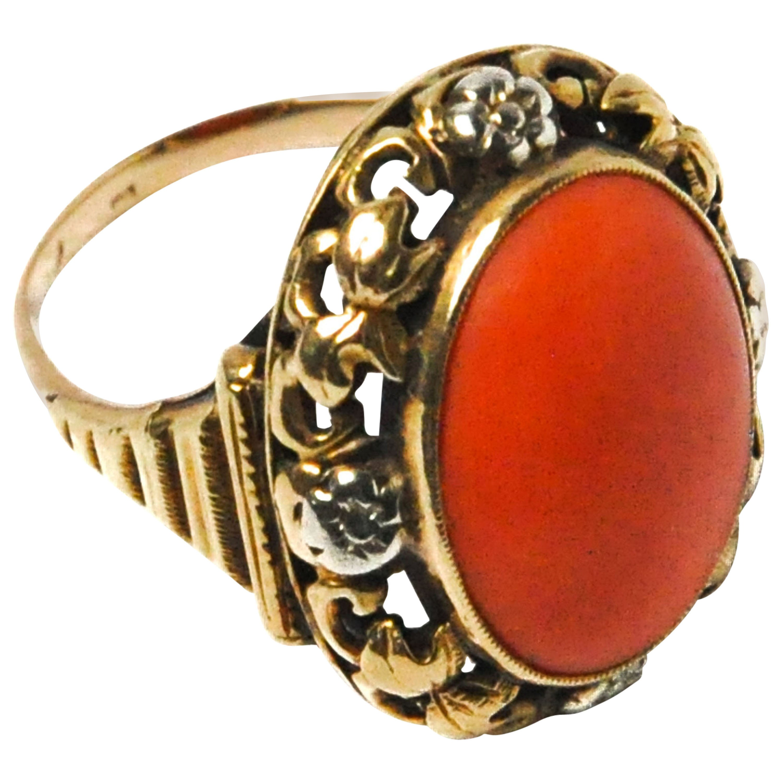 Vintage 14 Karat Gold Coral Cabochon Ring