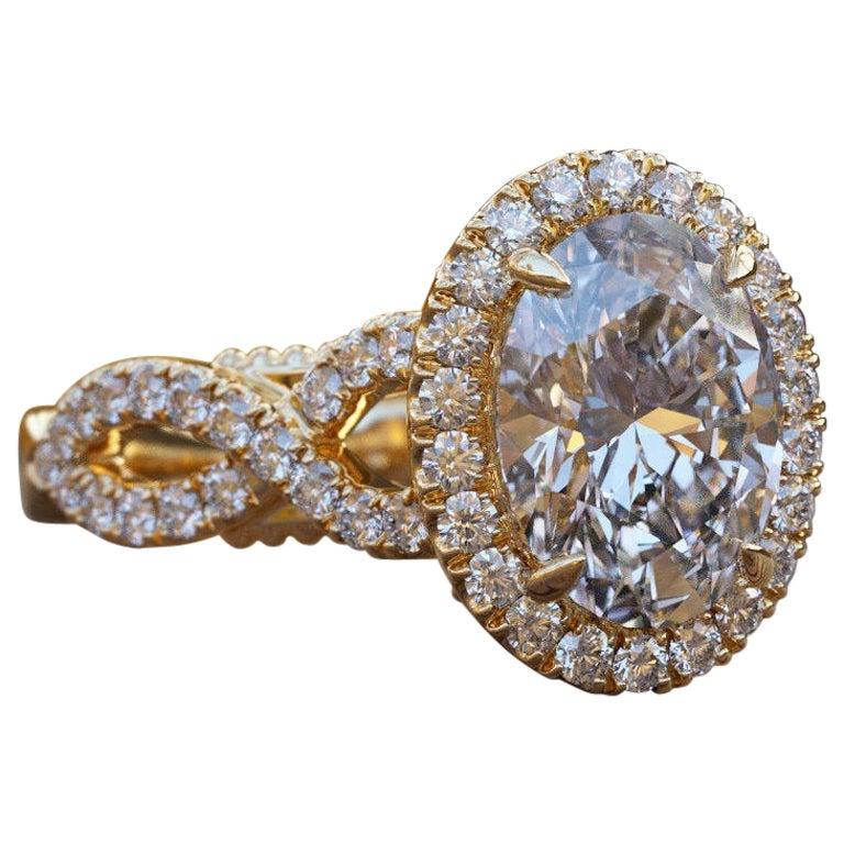 1 1/2 Carat 14 Karat Yellow Gold Oval Engagement Ring Set, Oval Halo Ring