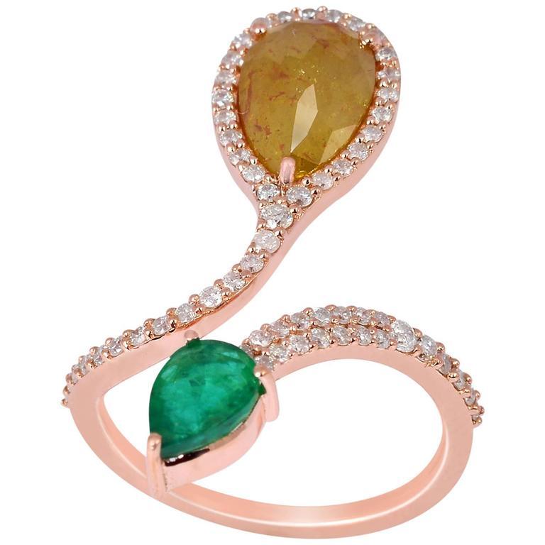 Beautiful Emerald Ice Diamond Gold Ring