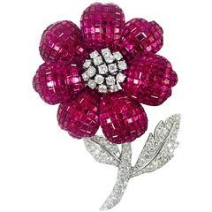 Stunning Blooming Burmese Ruby Diamond Gold Flower Brooch