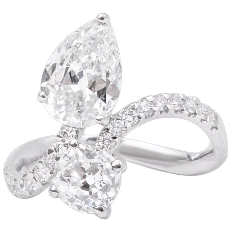 18 Karat White Gold 'Toi et Moi' Old Cut Diamond Solitaire Ring