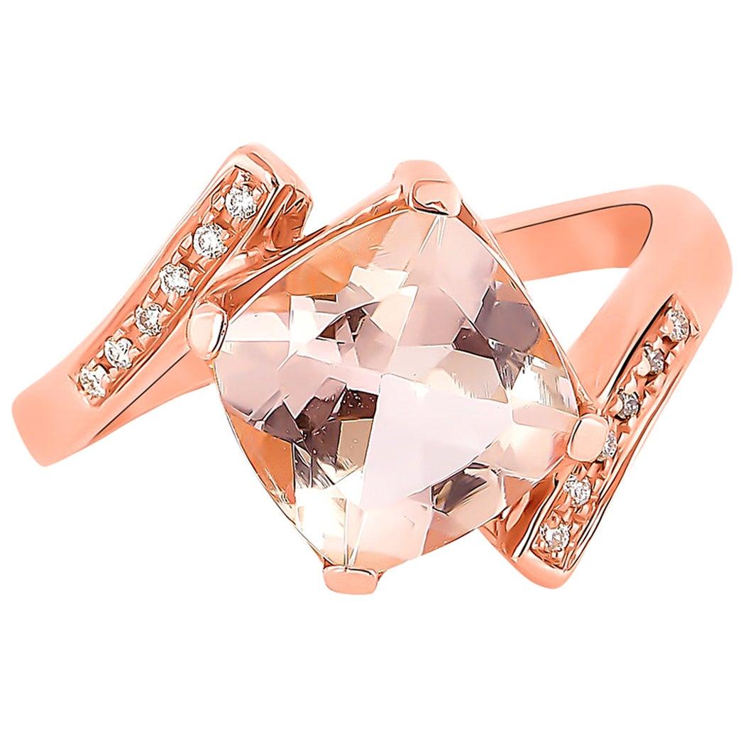 2.7 Carat Morganite and Diamond Ring in 18 Karat Rose Gold