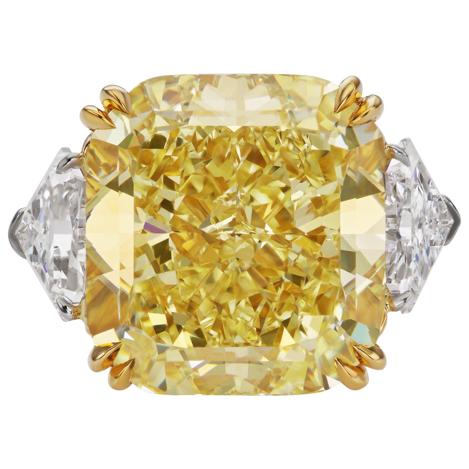 Scarselli 22 Carat Fancy Intense Yellow Diamond GIA in a Platinum Ring