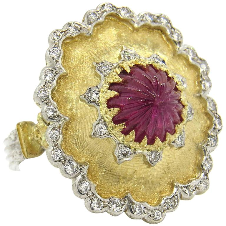 Buccellati Carved Ruby Diamond Gold Ring