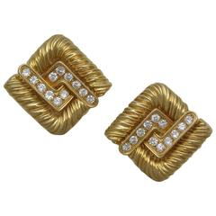 Chic French Gold Diamond Knot Earclips