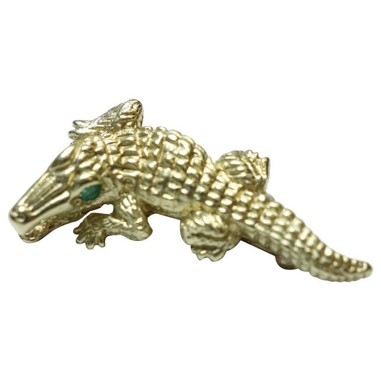 Emerald Gold Alligator Brooch For Sale