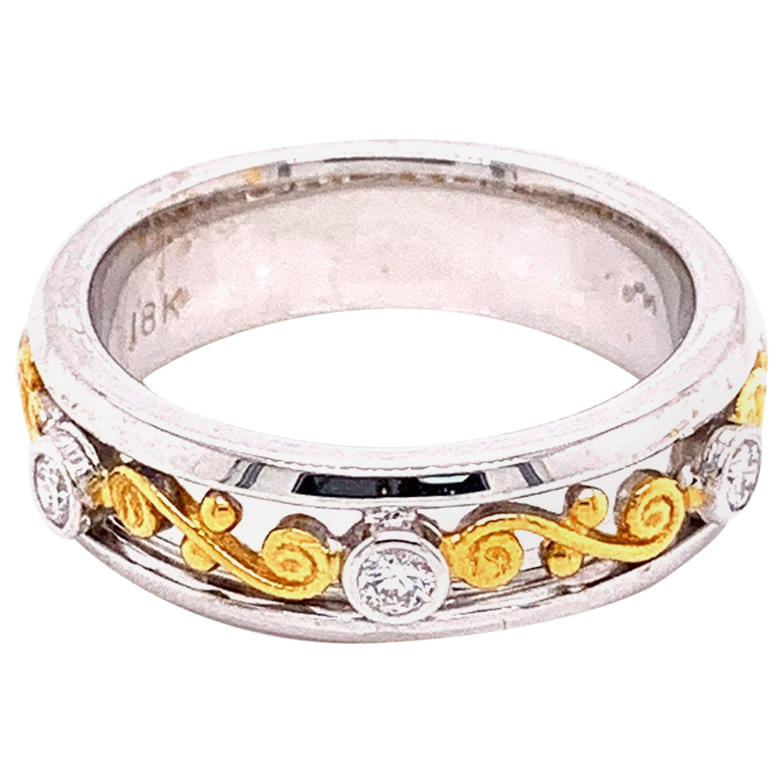 White Diamond and 18 Karat-22 Karat Gold Engagement Ring
