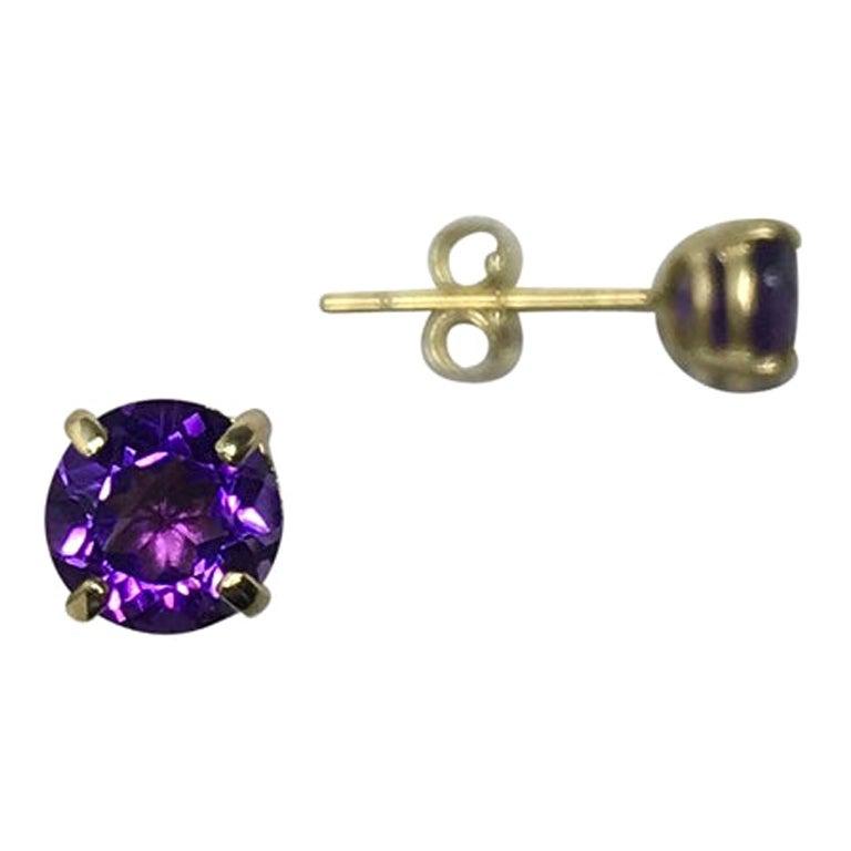 Deep Purple Amethyst 0.85 Carat Yellow Gold Round Diamond Cut Earring Studs