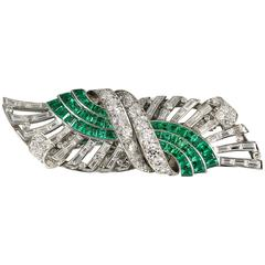 Tiffany & Co. Art Deco Emerald Diamond Platinum Double Clip Brooch
