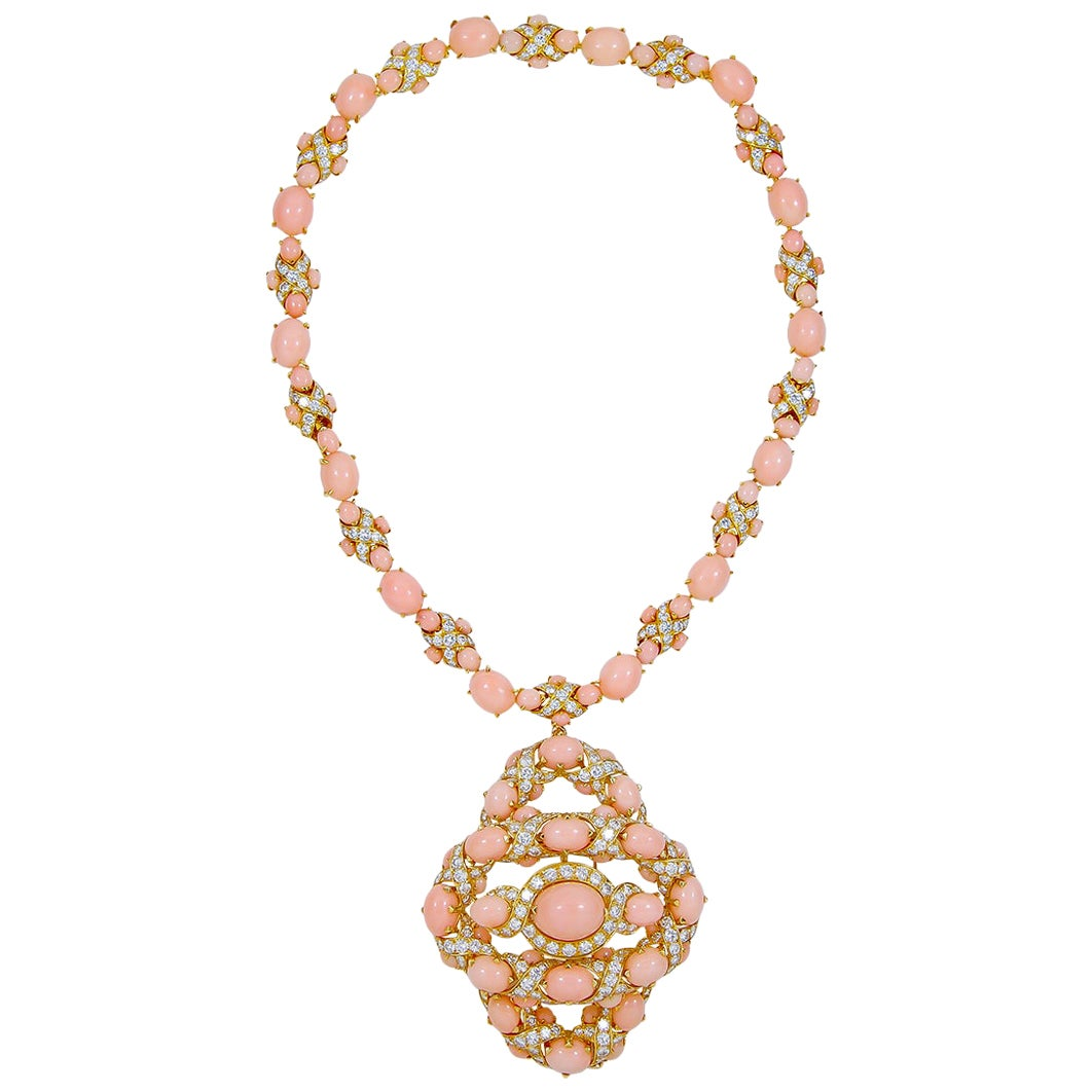 Van Cleef & Arpels Diamond Coral Yellow Gold Necklace