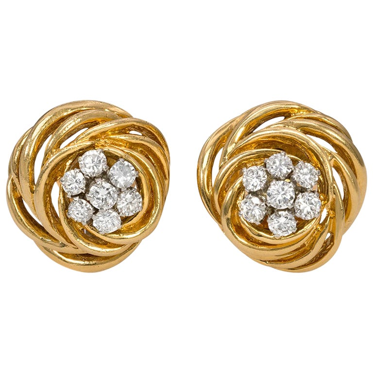 Van Cleef & Arpels 1960s Gold and Diamond Knot Design Clip Earrings