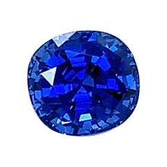 Unheated 3.32 Carat Ceylon Blue Sapphire GIA, Unset 3-Stone Engagement Ring Gem