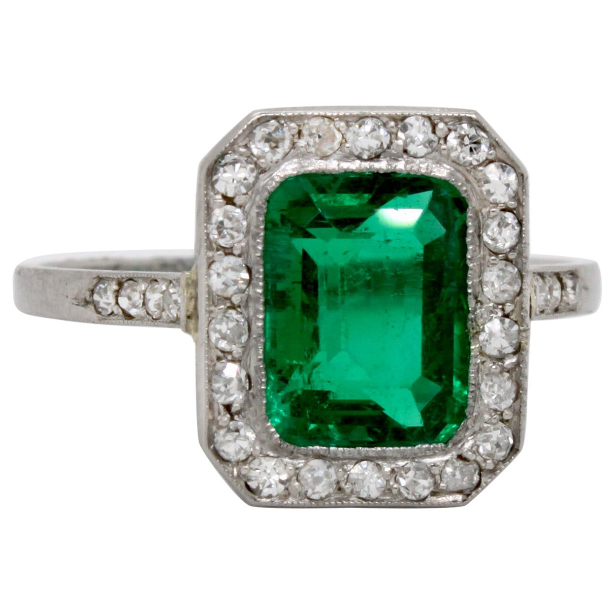 Edwardian Colombian Emerald and Diamond Ring, circa 1910s