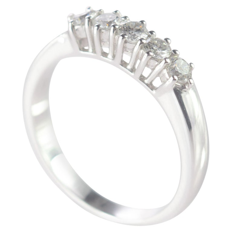 0.5 Carat Diamond Radiant Line Band 18 Karat Gold Wedding Engagement Ring For Sale