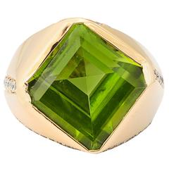 Uniquely Cut Peridot Diamond Gold Ring
