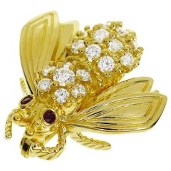 Tiffany & Co. Diamond Ruby 18 Karat Bee Brooch