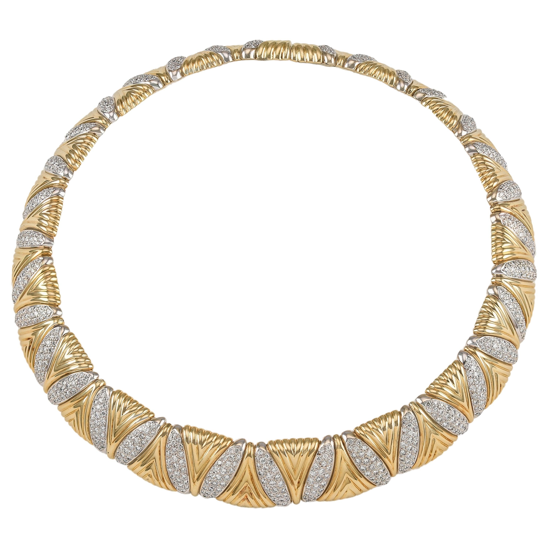 Solid Heavy 18 Karat Gold 15.0 Carat Diamond Choker Necklace