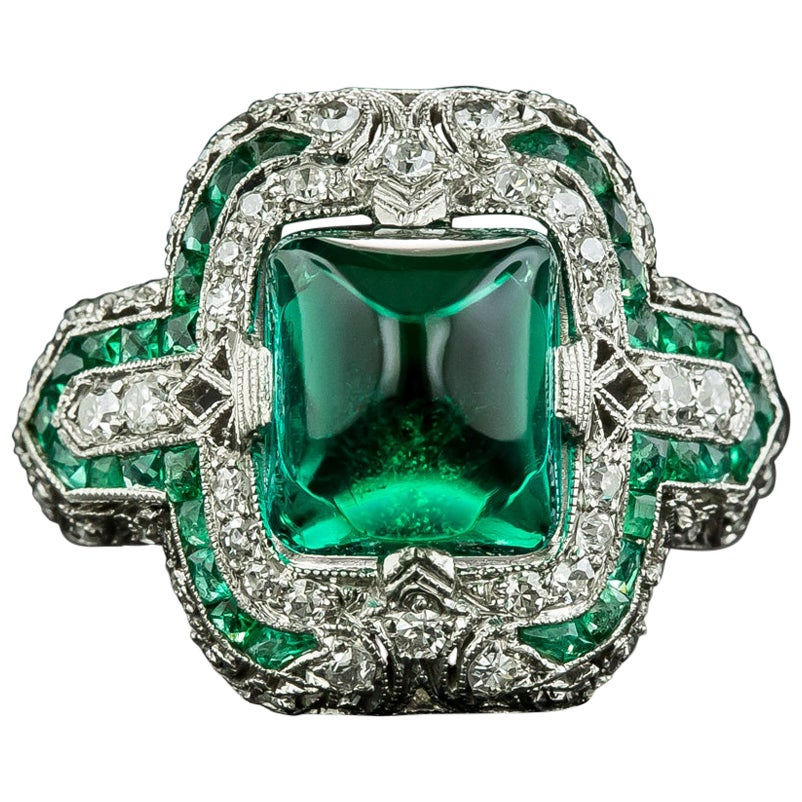 Extraordinary Art Deco Sugarloaf Colombian Emerald and Diamond Ring