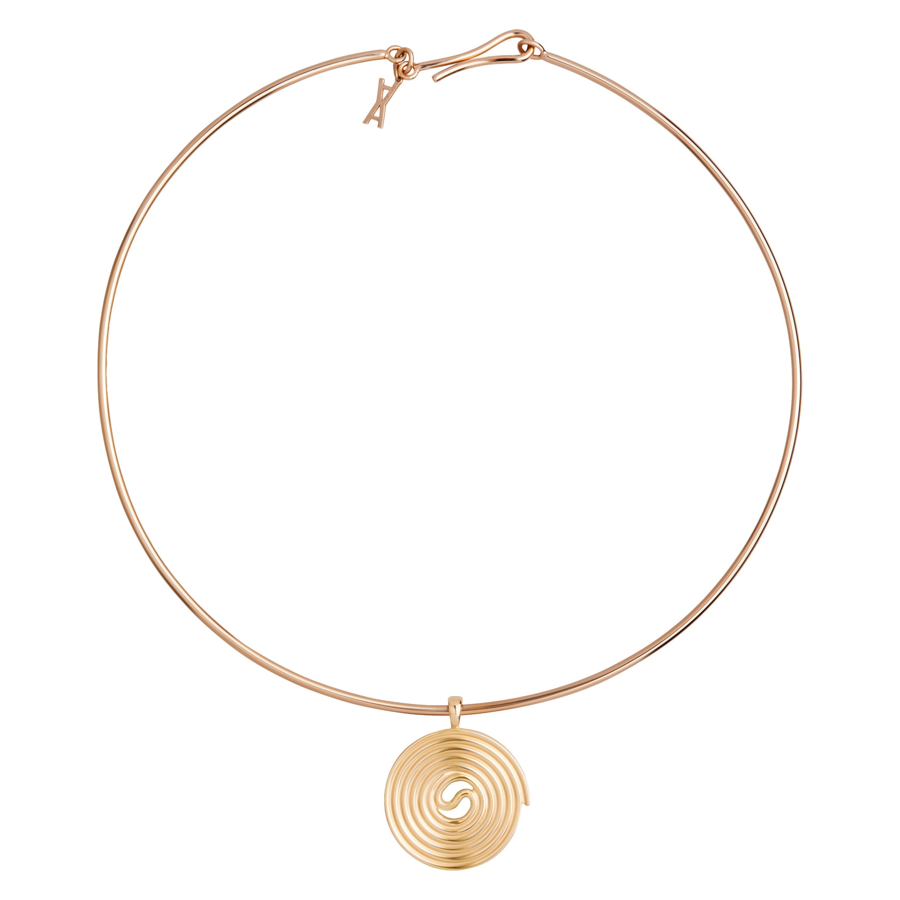 Licorice Choker, 9 Karat Yellow Gold Choker Pendant Necklace
