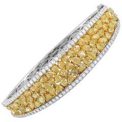 LB Exclusive 18 Karat White Gold 11.00 Carat White and Yellow Diamond Bracelet