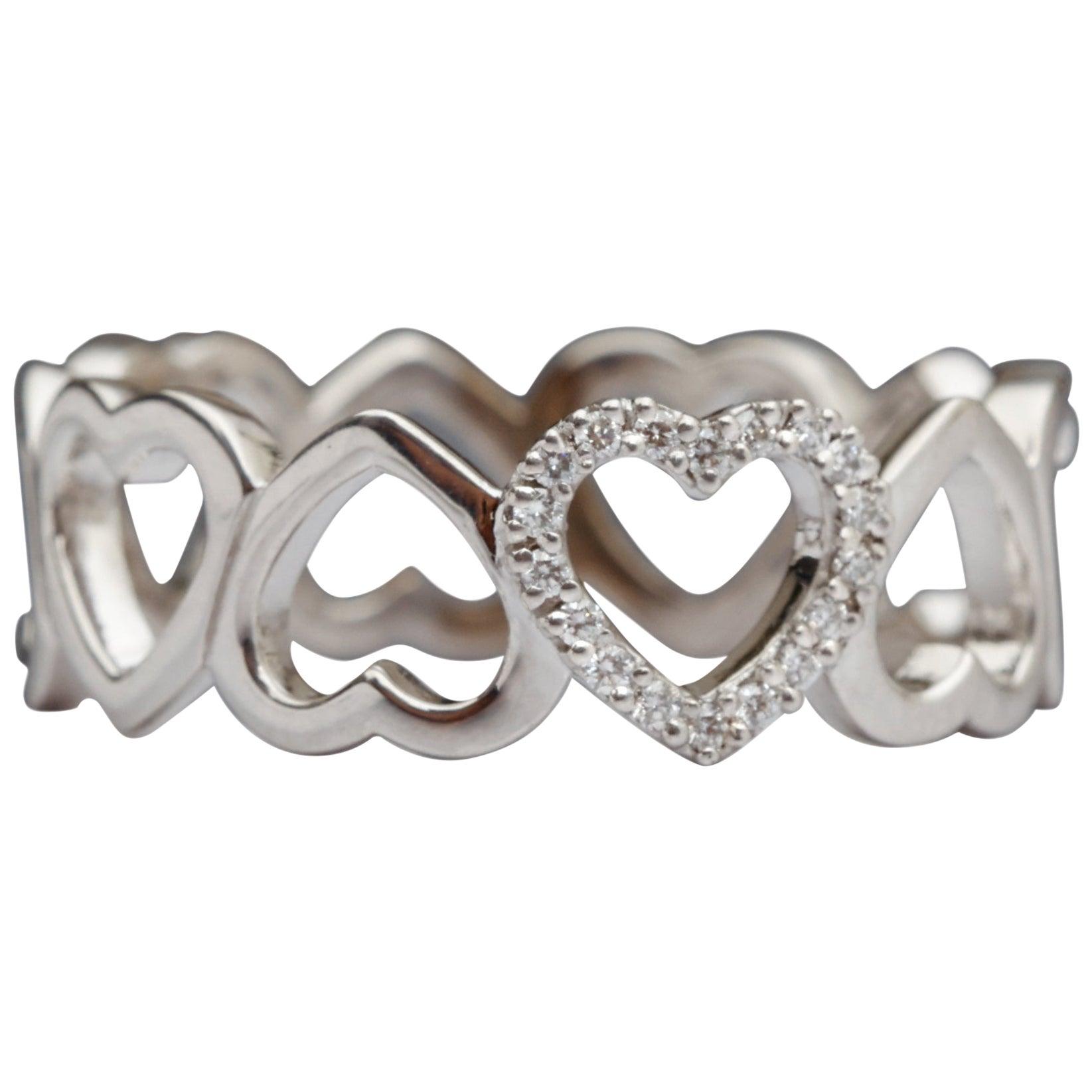 Tiffany & Co. Diamond Heart Band, 18 Karat Gold