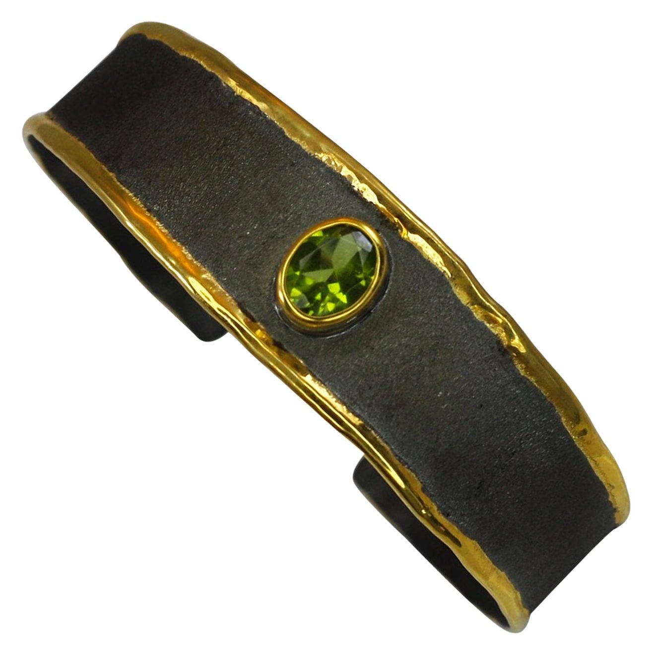 Yianni Creations Peridot Bracelet in Fine Silver Black Rhodium 24 Karat Gold