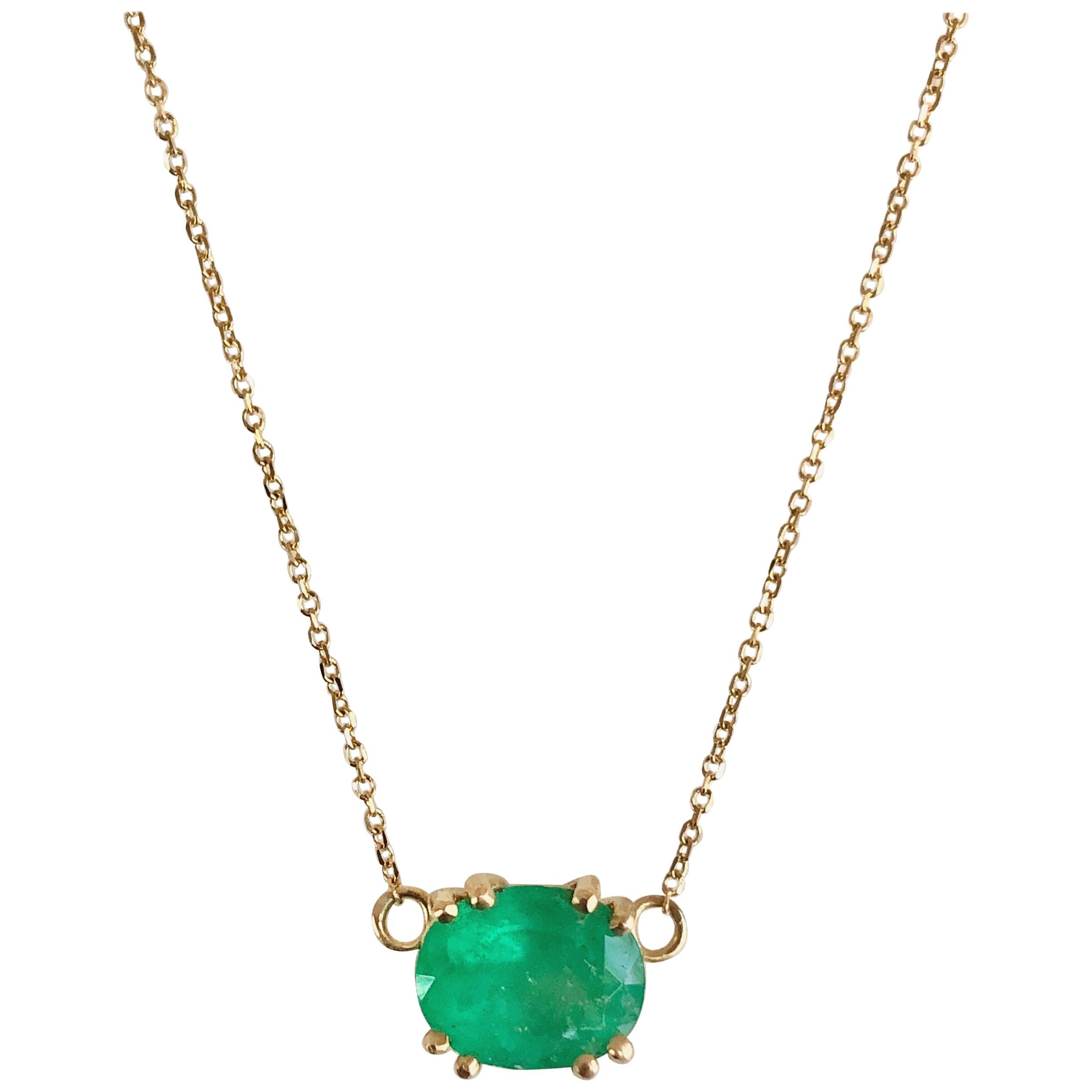 Pendant Necklace Oval Natural Emerald 18 Karat