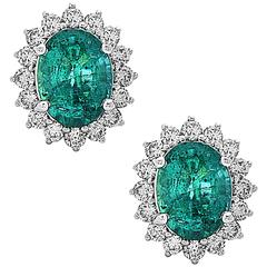Stunning Oval Emerald Round Diamond gold stud Earrings