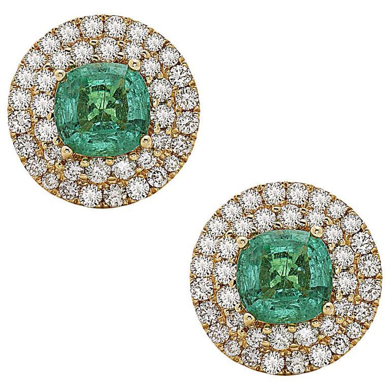 Luxurious Round Emerald Diamond Gold Stud Earrings