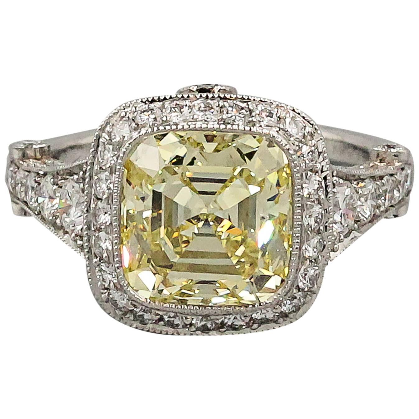 Tiffany and Co Legacy Fancy Yellow Diamond Platinum Ring For Sale at 1stdibs