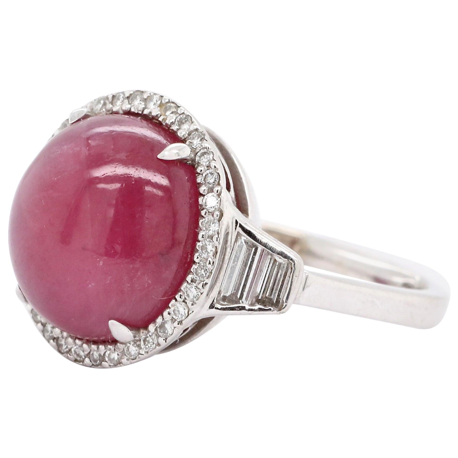 Modern Ruby Diamond 18 Karat Gold Ring
